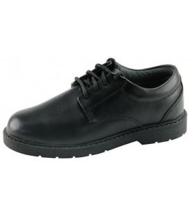 Zapatos escolares de niño