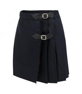 Pichis y faldas escolares de niña