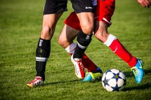 ¿Qué tipo de equipación necesita tu equipo de fútbol?